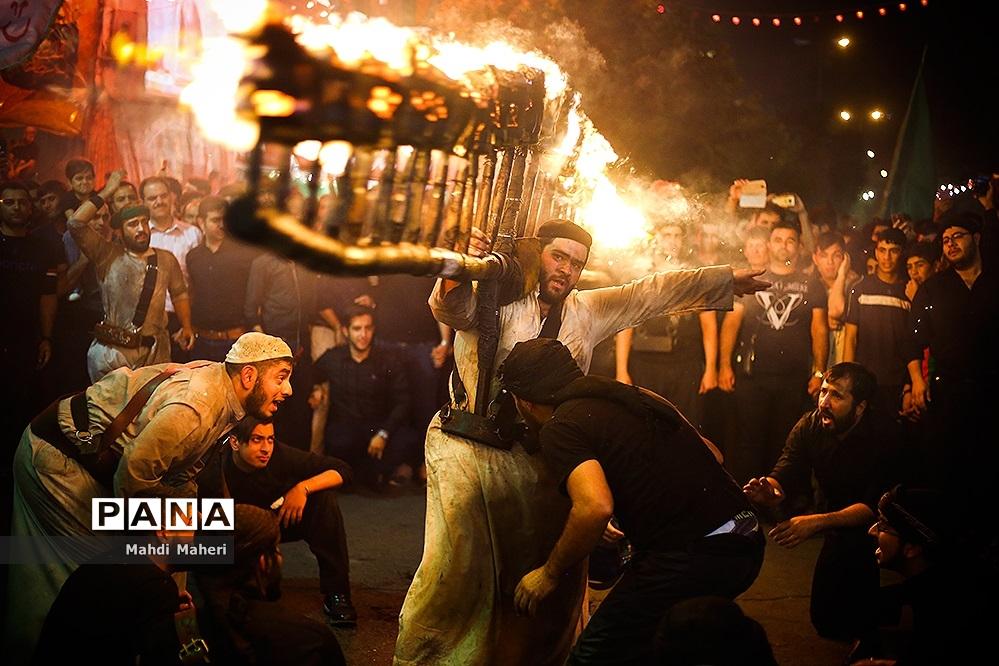 آیین مشعلگردانی در دولتآباد تهران