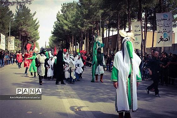 برگزار نمازظهرعاشورا و عزاداری در قتلگاه