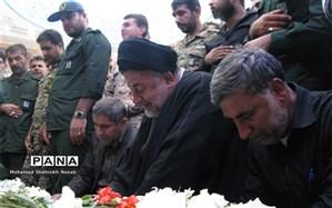 پیکر شهدای عملیات تروریستی اهواز در بهشت آباد به خاک سپرده شد