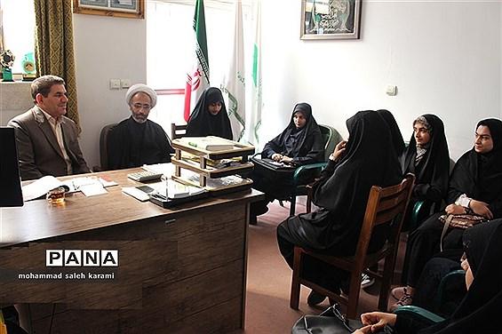 دیدار خبرنگاران پانا با مسئول سازمان داش آموزی استان کرمان