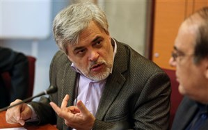 انتقاد محمد مهاجری از سخنان خطیب جمعه تهران درمورد FATF
