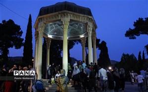 شیراز؛ خلوت گه راز و می بی غش