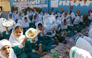 برگزاری روز جهانی تخم مرغ در نیریز/ مصرف روزانه یک عدد تخم مرغ برای سلامتی ضروری است