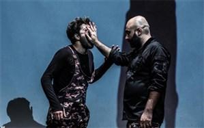 نگاهی به نمایش «تئاتر بد» نوشته و کارگردانیِ مهدی کوشکی