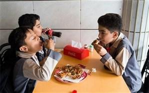 لزوم تغییر ذائقه دانش آموزان از فست فودها به سمت مواد غذایی سالم