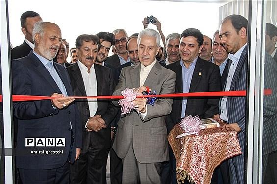 افتتاح چند پروژه عمرانی توسط وزیر علوم تحقیقات و فناوری در خراسان جنوبی