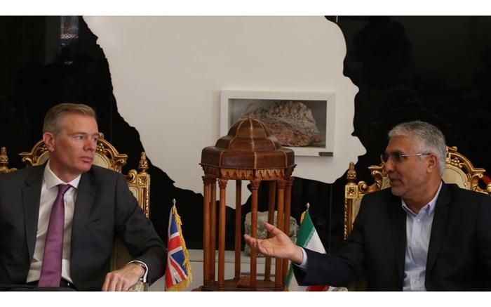 سفیر انگلیس در ایران: تقویت روابط تجاری میان کشورها ازبین برنده سد تحریم ها است