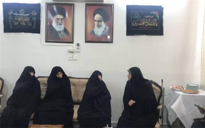 دیدار مدیرکل دفتر امور زنان آموزش و پرورش با تنها مجتهده کشور و  دختر حضرت امام (ره)