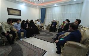 رئیس جمهوری با خانواده جانباز 70درصد دوران دفاع مقدس دیدار کرد