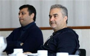 واکنش مالک باشگاه نساجی به اشتباهات داوری: آقای اصفهانیان اگر نمیتوانید استعفا دهید