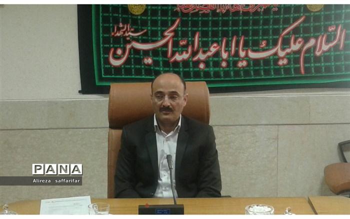 معاون فرماندار اردستان: حضور راهپیمایی ۱۳ آبان حضور نباید به دانش آموزان اختصاص یابد