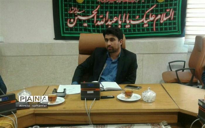 فرماندار اردستان: عدم نظارت در حوزه حمل و نقل اردستان مشکلاتی را به همراه دارد