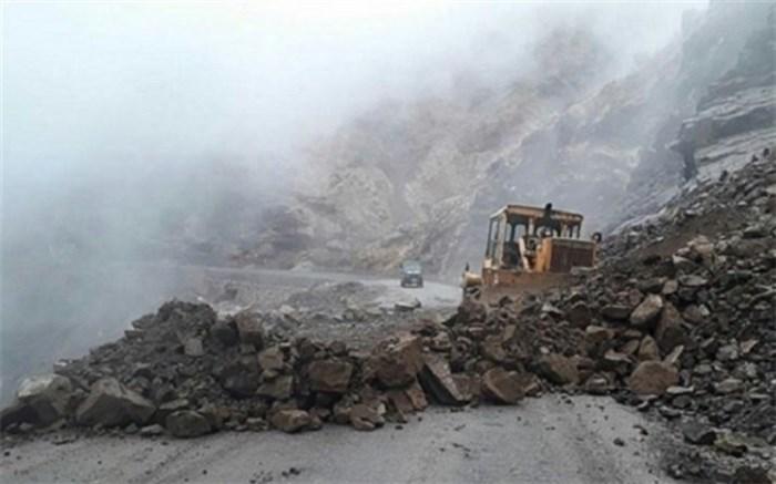 امدادرسانی به ۷۰۰ نفر به دلیل ریزش کوه در خوزستان
