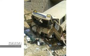 سقوط خودروی حامل دانش آموزان روستایی به دره در جاده لالی به روستای تراز