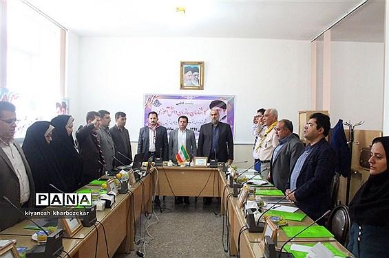 نشست قطبی کارشناسان سازمان دانش آموزی شهرستان های جنوب استان در مهاباد
