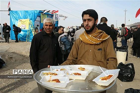 خدمترسانی موکب حضرت علی اصغر (ع) مازندران به زائران اربعین