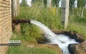 سالانه 60 سانتی متر سطح آب دشت اردستان پایین می رود