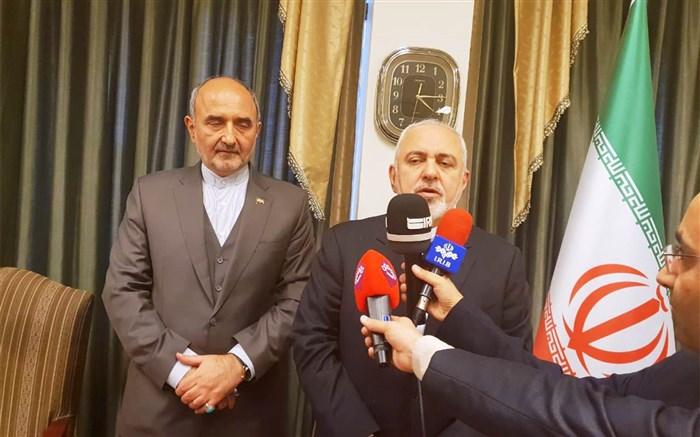 ظریف:از تماس تلفنی عادل الجبیر با مقامات ایران بی اطلاعم