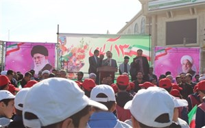 دانش آموز و فرهنگیان شهرستان بهارستان بیزاری خودرا از استکبارجهانی اعلام کردند