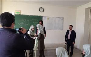 شروع آموزشهای پیش ازمانور زلزله درمدرسه شهیدمفتح باحضوررئیس سازمان دانشآموزی استان همدان