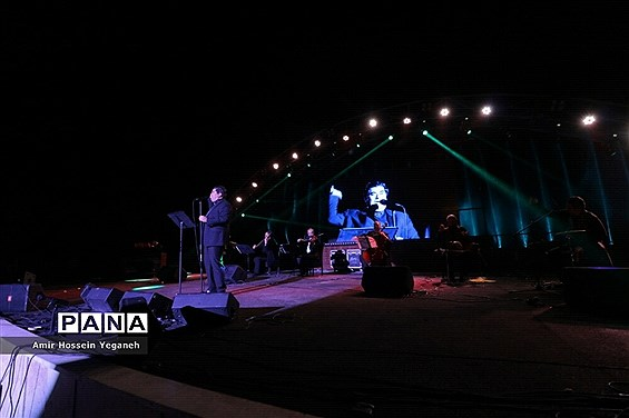 کنسرت بزرگ سالار عقیلی در جزیره کیش