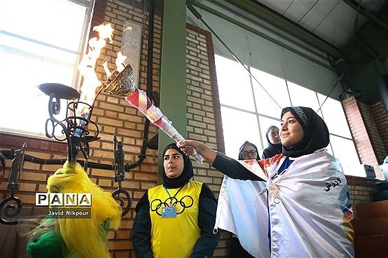افتتاحیه المپیادهای ورزشی درون مدرسهای