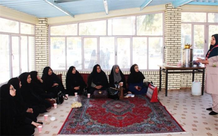 دانشجویان دانشگاه فرهنگیان با فعالیت های تشکل پیشتازان آشنا شدند