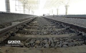 عاشوری، قائم مقام راه آهن: خطوط ریلی ساختهشده فاصله معناداری با اهداف سند چشم انداز دارد
