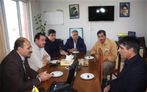 دیدار شهردار و اعضای شورای اسلامی فشافویه با رئیس تامین اجتماعی