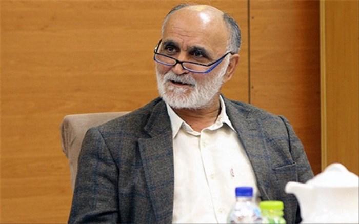 کاظم اولیایی: سالهاست فوتبال ایران در برابر استانداردسازی و رعایت قوانین بینالمللی مقاومت میکند