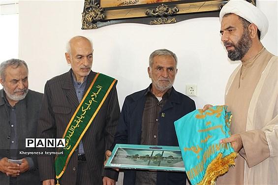 دیدار خادمین مسجد مقدس جمکران از خانواده شهید حرم استان بوشهر