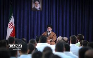 دیدار مسئولان نظام و میهمانان کنفرانس وحدت اسلامی با رهبر انقلاب