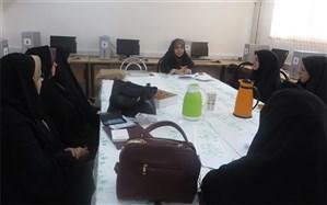 مدیران 2 مدرسه در ناحیه یک اراک متقاضی اجرای طرح مهارت محور شدند