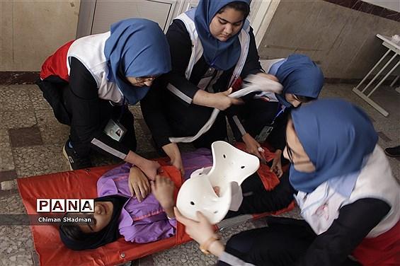 بیستمین مانور سراسری زلزله و ایمنی در کردستان
