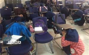 برگزاری مانور زلزله در دبیرستان فرزانگان دوره اول