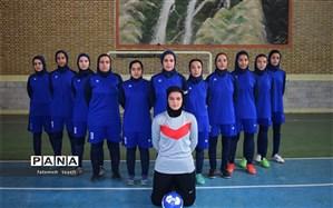 برتری تیم فوتسال بانوان  چناران بر تیم بانوان مشهد الرضا(ع)