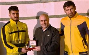 اهدای مدال طلا جهانی ووشو به رئیس پلیس پایتخت
