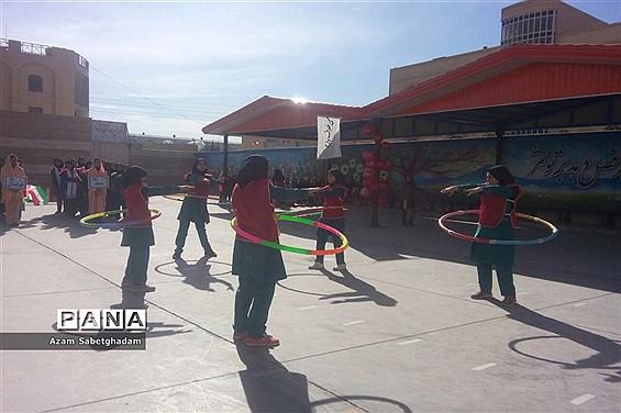 برگزاری المپیاد ورزشی درون مدرسهای دبیرستان دکترشاهی ناحیه یک یزد