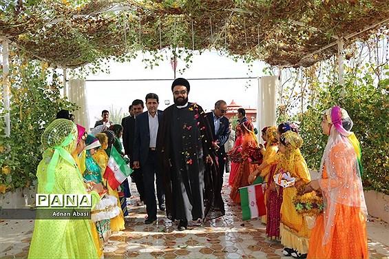 همایش خیرین مدرسه ساز در گله دار فارس