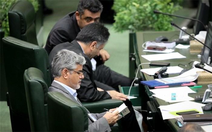 محمود صادقی