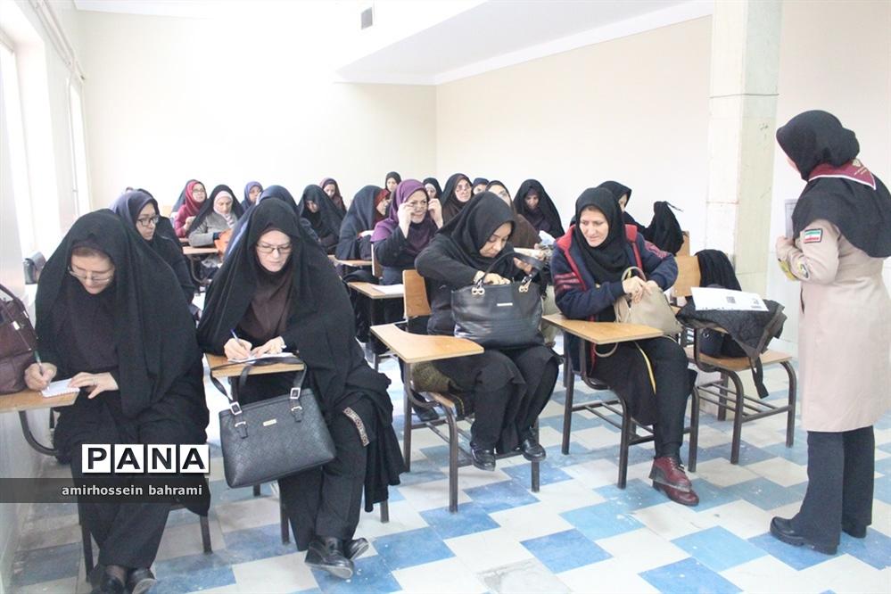برگزاری دورههای آموزشی پیشتازان در سازمان دانشآموزی استان همدان
