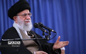 ۴۰ سال پاسخگویی؛ روایتی از 4 دهه پرسش و پاسخ آیتالله خامنهای با دانشجویان