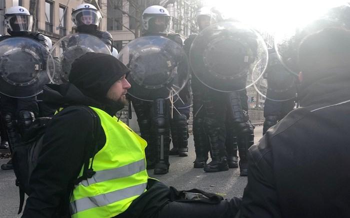جلیقه زردهای بلژیک خواستار کناره گیری نخست وزیر این کشور شدند
