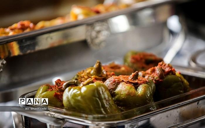 جشنواره غذا و صنایع دستی به میزبانی انجمن همسران سفرا و دیپلمات های وزرات خارجه