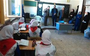 مدیر دانش آموزی استان کردستان از مدارس  شهر موچش بازدید کرد