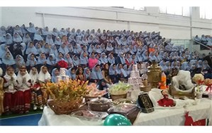 نمایشگاه دستاوردهای دانش اموزان شاهد حضرت رقیه (س)در زمینه صنایع دستی و غذای های سنتی برگزار شد