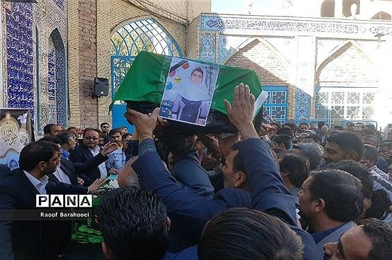 مراسم تشییع دانش آموزان حادثه آتش سوزی در زاهدان