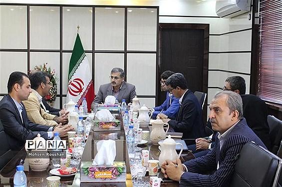 دیدار نایب رئیس  فدراسیون موج سواری آسیا با مدیرکل آموزش و پرورش استان بوشهر