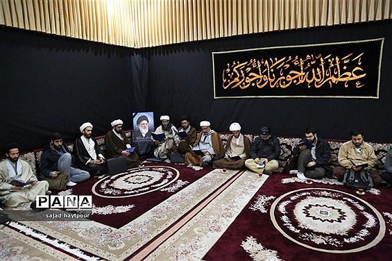 منزل آیت الله شاهرودی در قم سیاه پوش شد