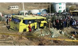 انتقال اجساد 9 جانباخته اتوبوس دانشگاه آزاد به پزشکی قانونی